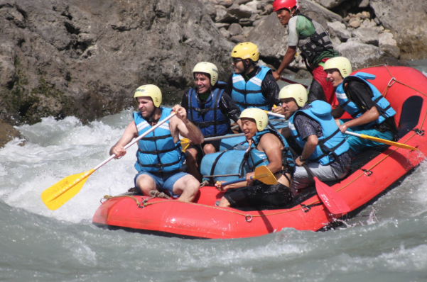 5 Reasons A Tour Is The Best Way To Get On Nepal's White Water